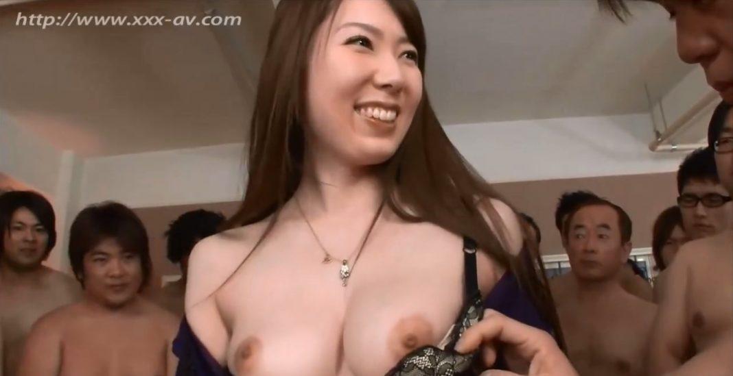 Yui Hatano Melayani 50 Kontol Pria