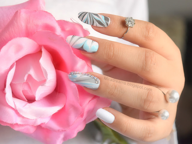 J'apprend le nail art, la technique du water marble (débutantes)