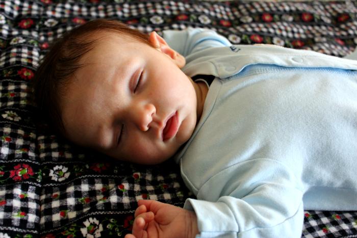 5 Ways to Help Your Newborn Sleep | True Aim