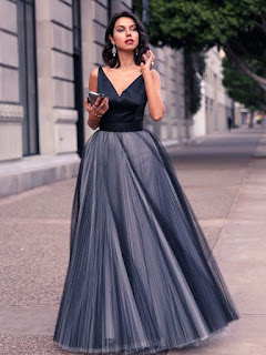 Elegant Princess Tulle Floor-length with Pleats V-neck Ball Dresses