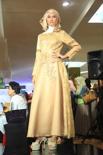 Baju Muslim Pesta Elegan Emas 2016