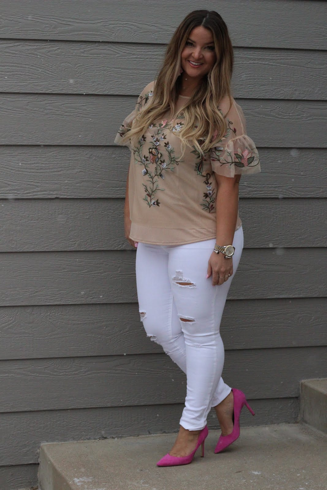 For the love of Spring Florals by popular Denver fashion blogger Delayna Denaye
