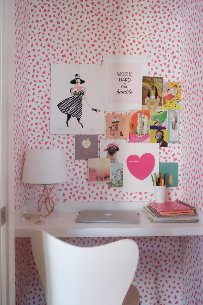 Closet transformed into stylish office nook-design addict mom