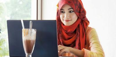 Kiat Berbisnis Secara Profesional Bagi Wanita Muslimah