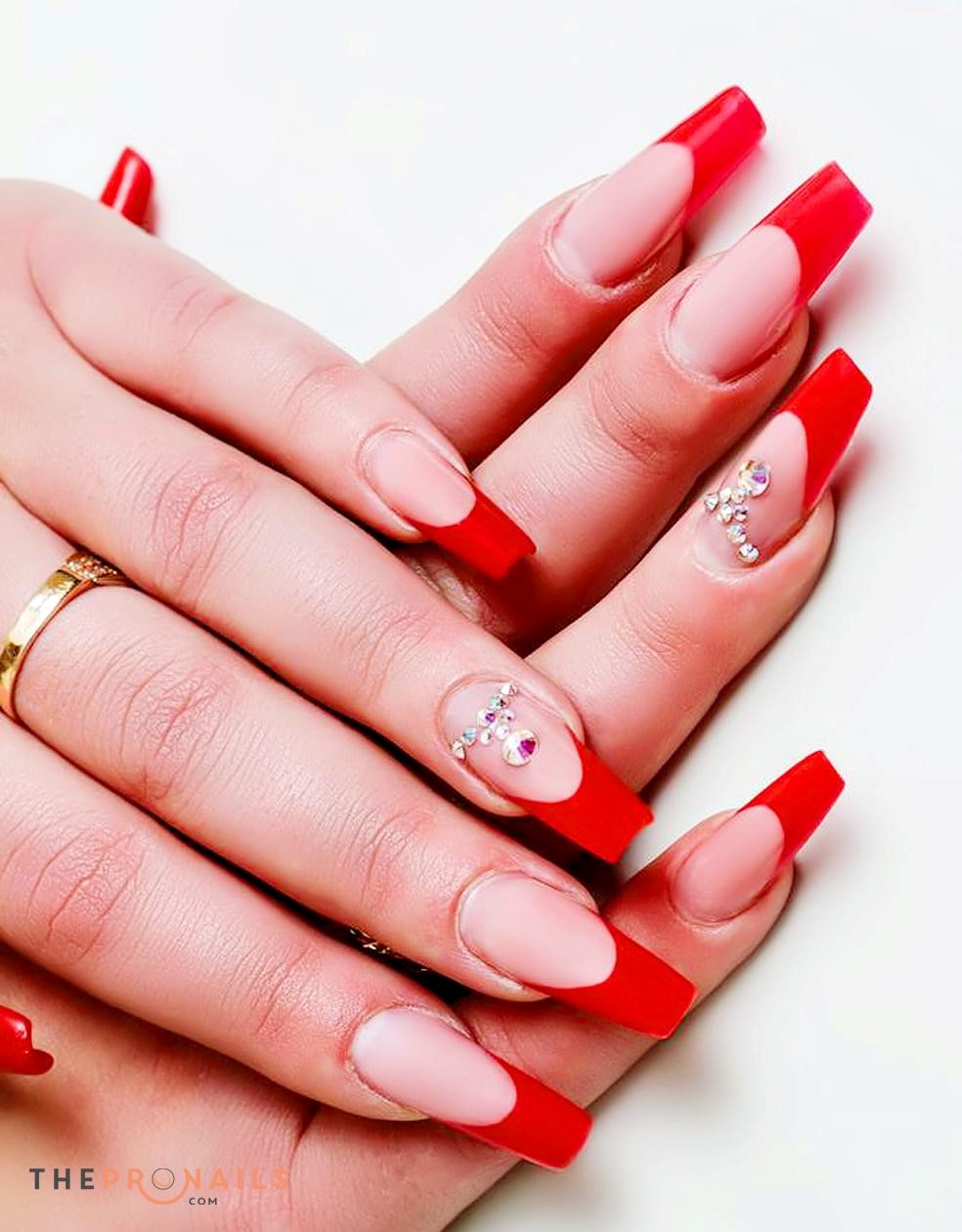 French red nails!