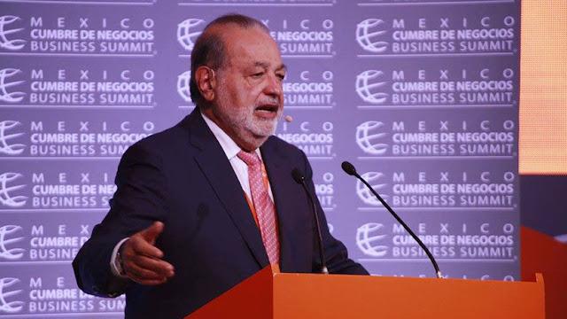 El multimillonario Carlos Slim anuncia una propuesta para combatir la pobreza