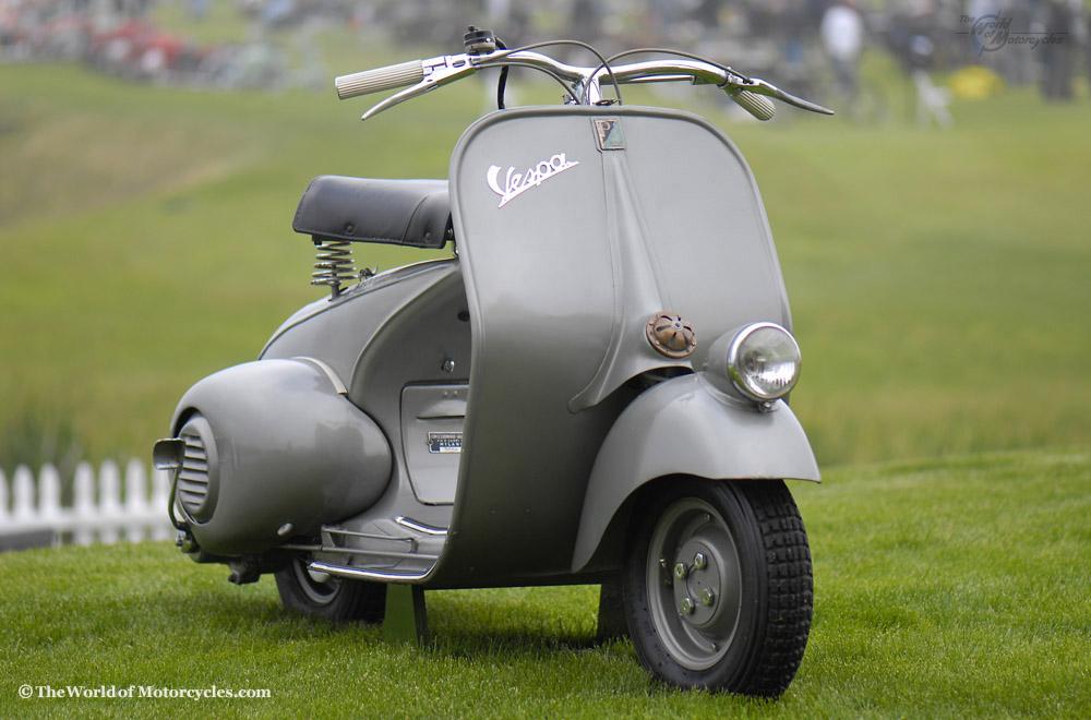 vintage italian scooter - 1000×660