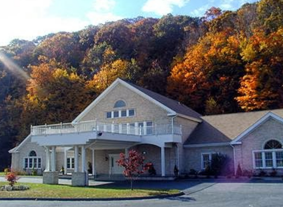 Crystal Peak Lodge CT Wedding Venues