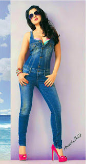 Sexy Amisha Patel in denim outfit