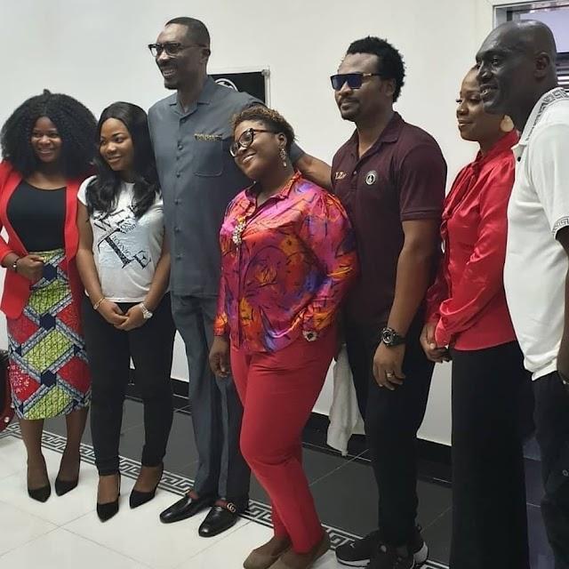 [Photos] Mercy Chinwo, Judikay, EeZee Tee Receive Dr. Tony Rapu & Sammie Okposo At EeZee Conceptz Villa In Lagos! || @eezeeconceptzpr