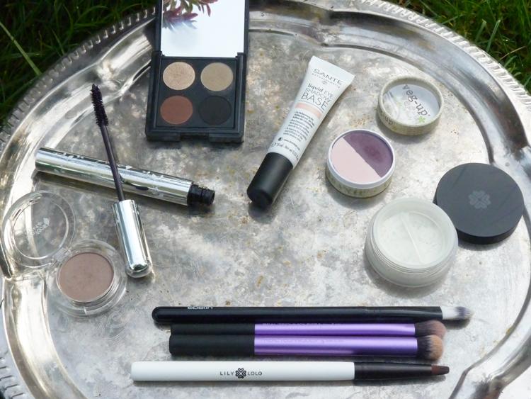 Make-Up-Look mit puroBio, 100% Pure, Sante, Veg-Up und Lily Lolo