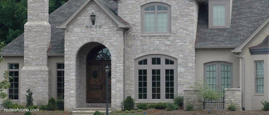 Piedras para fachadas de casas rusticas amazing murete de for Casas americanas fachadas