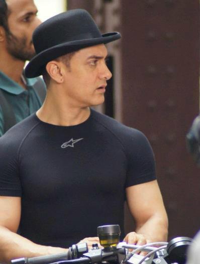 Aamir Khan's body shape for Dhoom 3 ~ Groho Raj