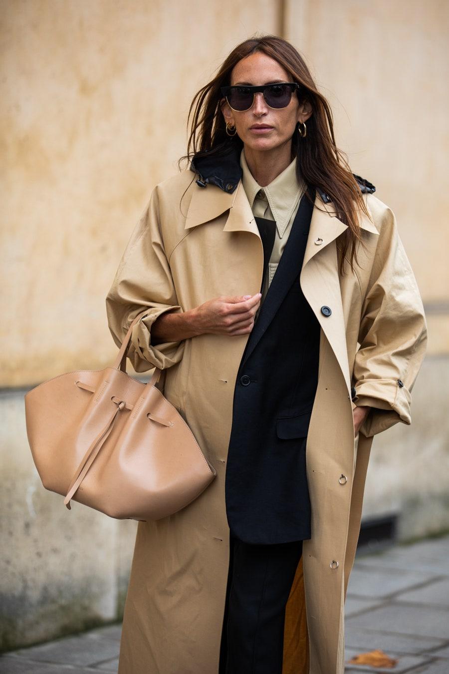 Must-Have Spring Bag — Nanushka Lynne Tote Bag — Louloudesaison Street Style