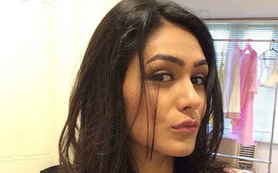 Mrunal Thakur 	2012 naked (91 photos), pics Selfie, YouTube, cleavage 2019