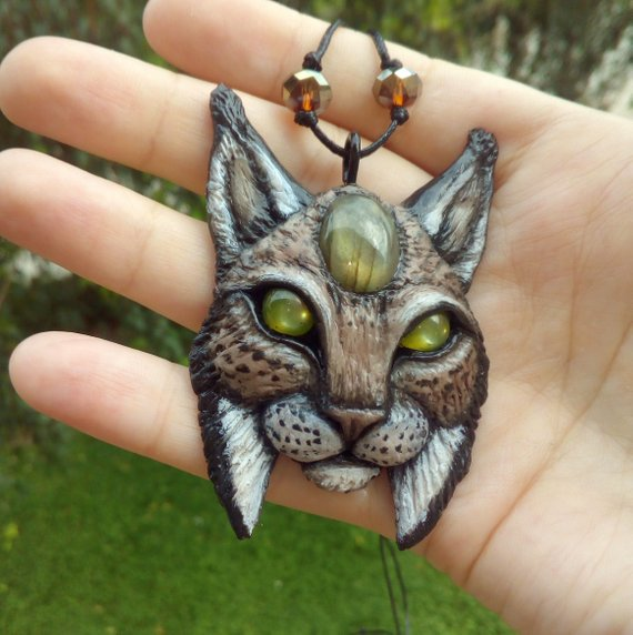 yunocrafts' polymer clay animal pendant lynx bobcat