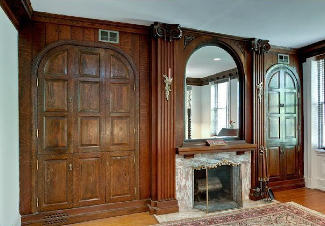 Old World Victorian Style Interior Mix In This Philadelphia Row House Built 1805