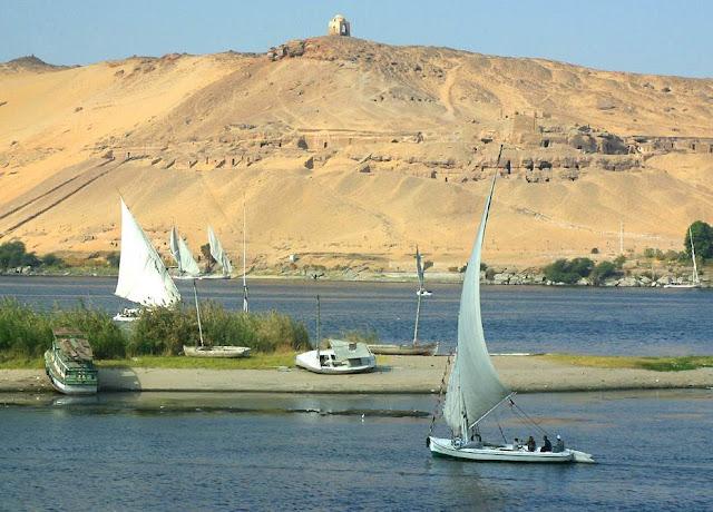 صور من مدينة اسوان المصرية