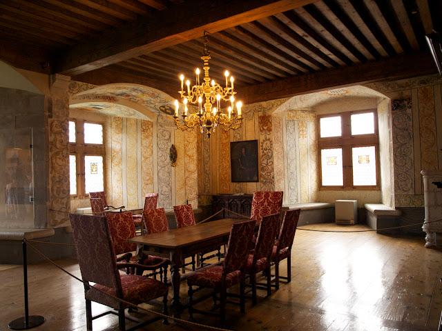 Gruyeres Castillo Salon Medieval