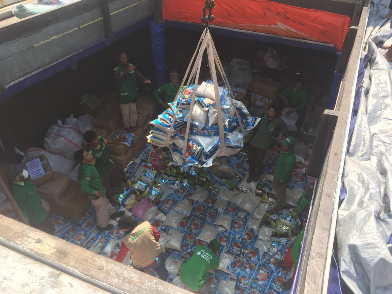 Kapal Kemanusiaan Wahdah Islamiyah Angkut 80 Ton Bantuan Untuk Korban Bencana Palu