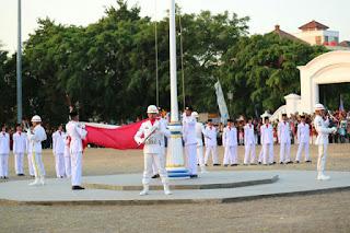 Drama Kolosal SMA 3 Cirebon  Ikut Meriahkan Upacara Penurunan Bendera 17 Agustus 2108