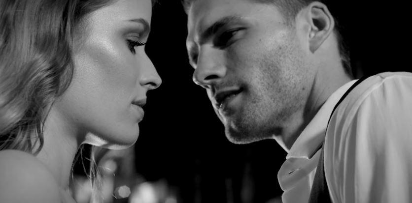 Modello e modella Trussardi pubblicità parfums Uomo Donna con Foto - Testimonial Spot Pubblicitario Trussardi 2016