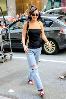 Bella-Hadid-Is-Seen-Out-in-NYC-01+%7E+SexyCelebs.in+Exclusive.jpg