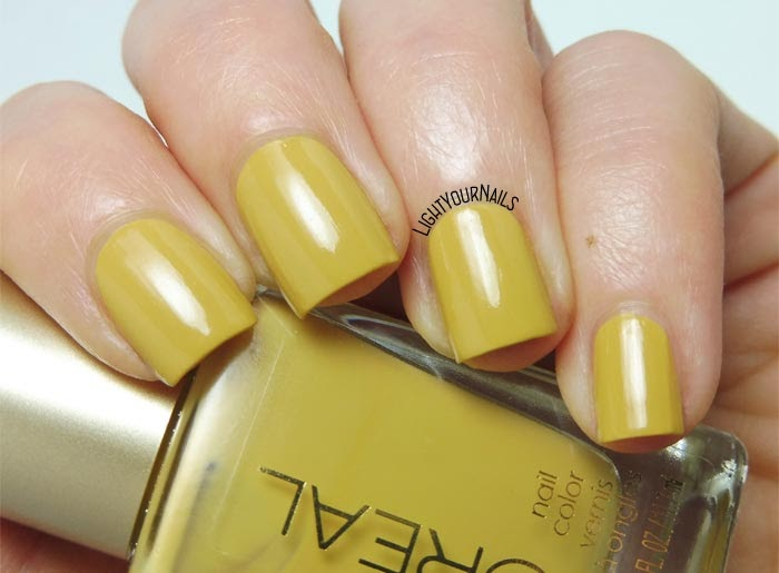 L\'Oreal The Perfect Trench | Light Your Nails!