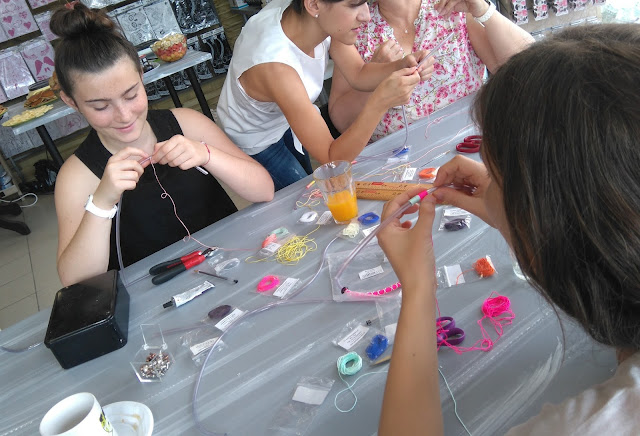 brunch, créatif, bijoux, atelier, DIY, perle des loisirs