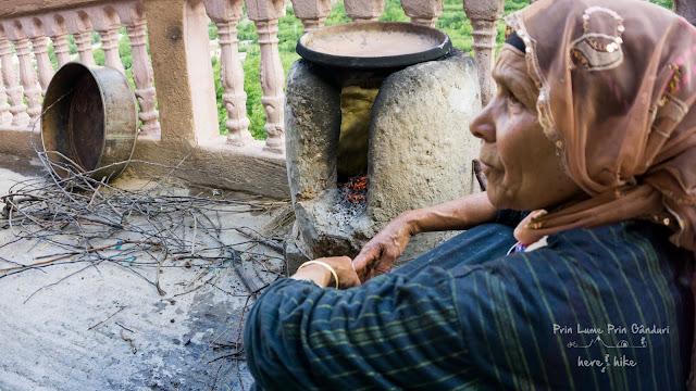 morocco-marakkesh-chefchaouen-bazaar-berber-oven