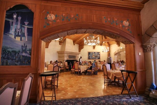 Salones del Restaurante Auberge de Cendrillon