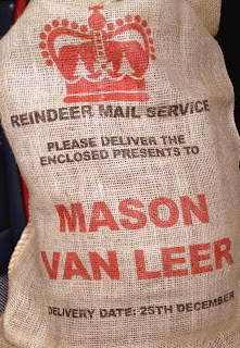 personalised-christmas-sack-close-up