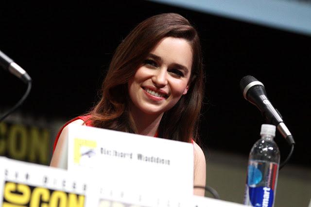 """""""إميلي كلارك"""" .. 500 ألف دولار مقابل الحلقة الواحدة من """"Game Of Thrones"""""""