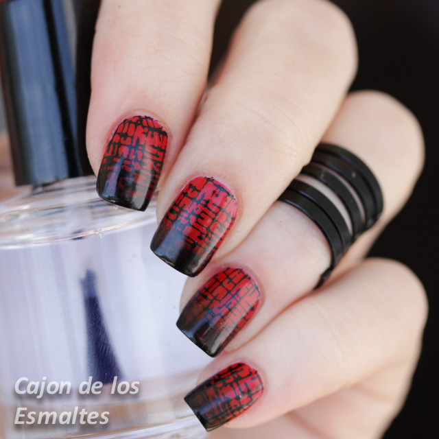 Louboutin gradient nail art red black