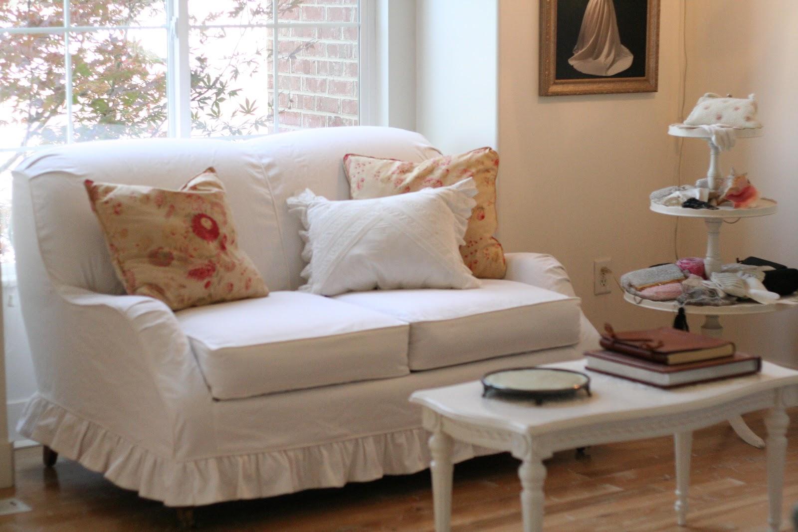 White Ruffled Sofa Slipcover Www Energywarden Net