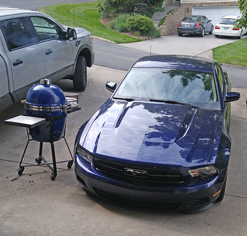 Custom kamado grill colors from Grill Dome