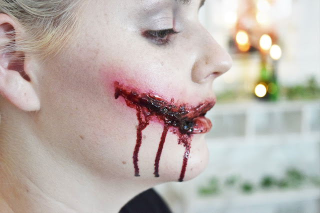 Chelsea Smile Halloween Makeup
