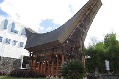 Bangunan Rumah Adat Sulawesi Selatan