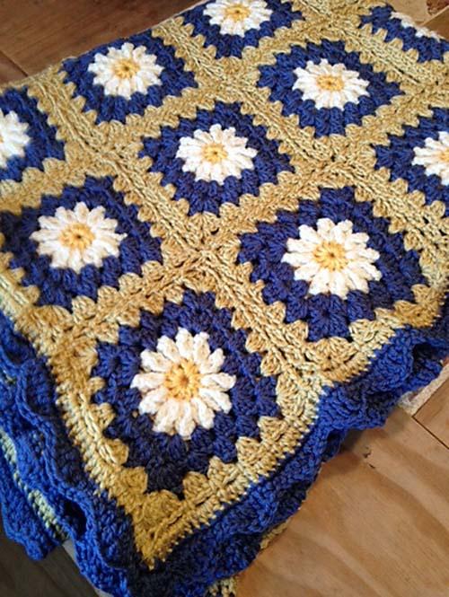 Daisy Granny Square - Free Pattern