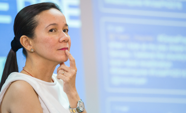 Must Read! Why Grace Poe SHOULD NOT BE the Next PH President