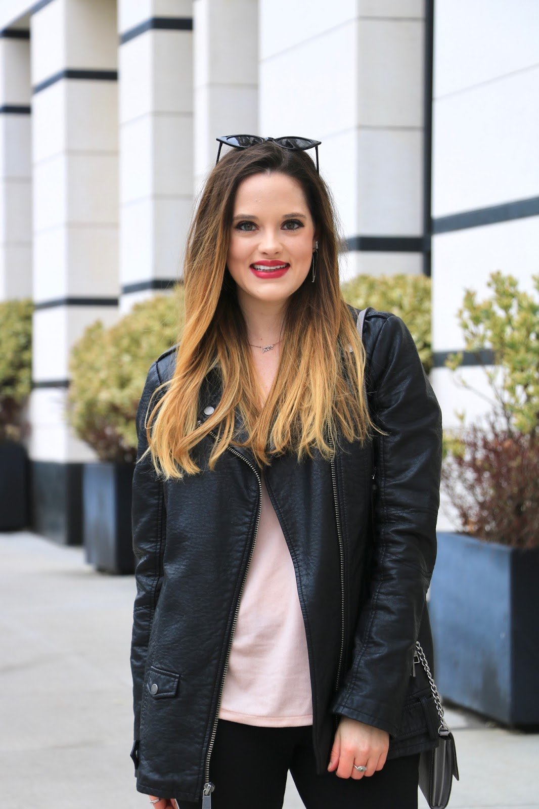 Nyc fashion blogger Kathleen Harper's leather jacket outfit ideas