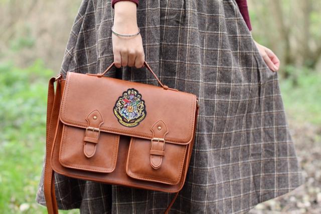 Primark tan Hogwarts satchel 2017