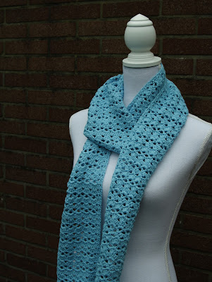 Blue skinny scarf, shells | Happy in Red