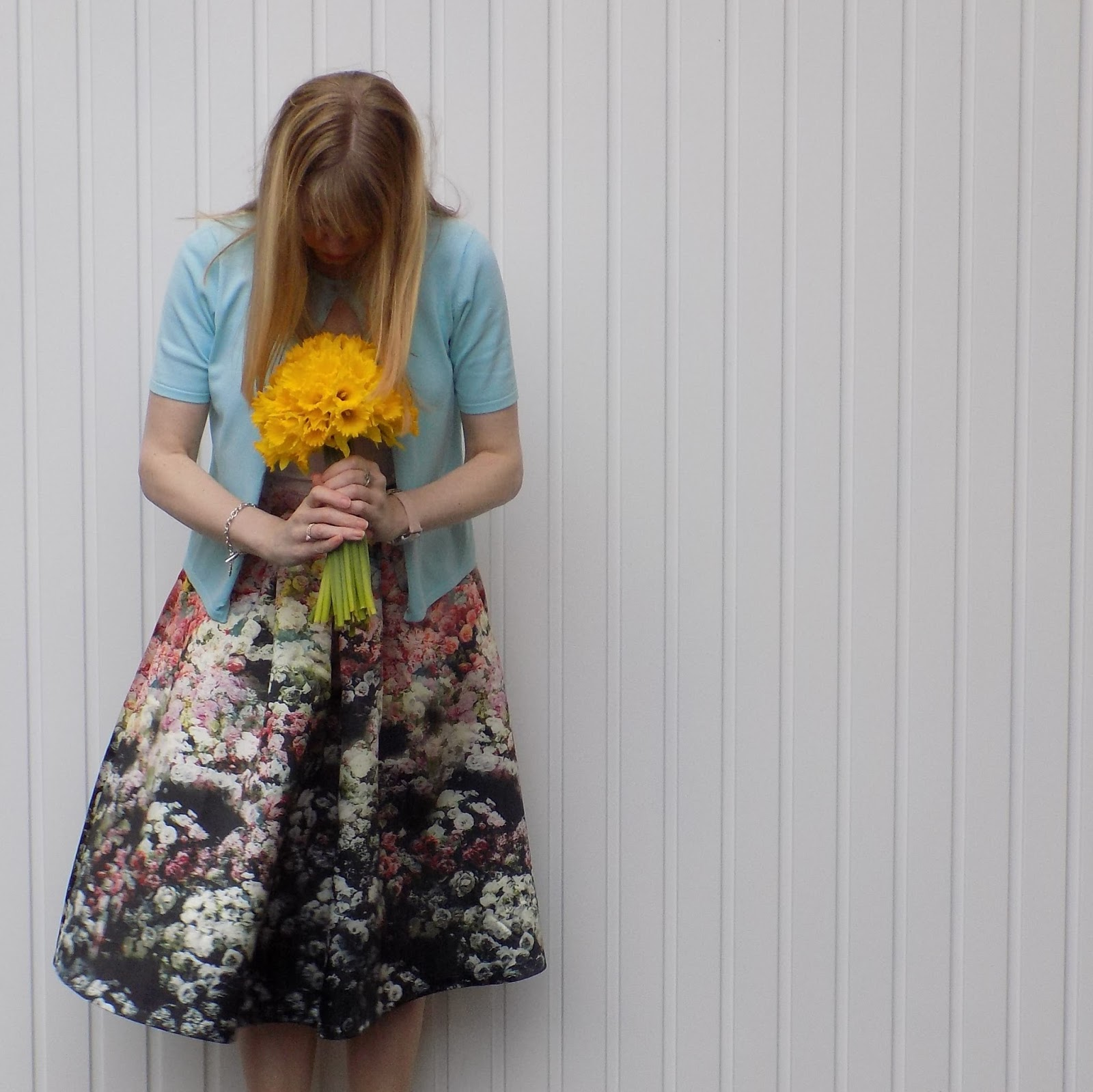 Floral midi skirt with brogues