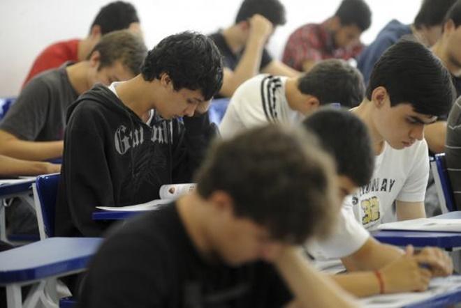 Estudantes acertam, em média, menos de 50% das provas específicas do Enade
