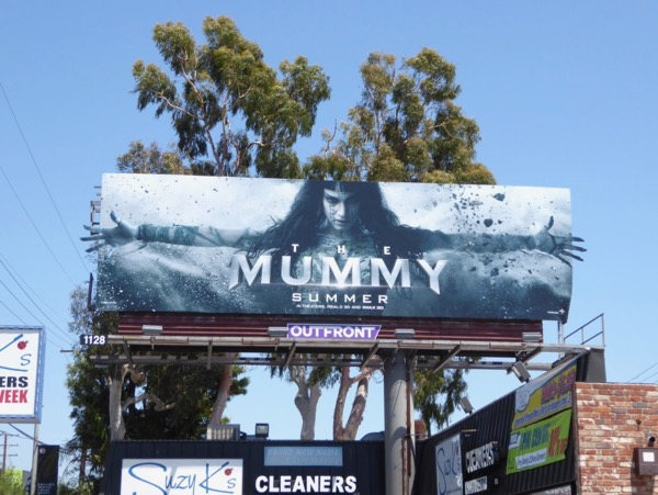 Sofia Boutella Mummy movie billboard
