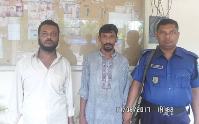 The-arrest-of-two-smugglers-with-Yawas-in-Laksmipur