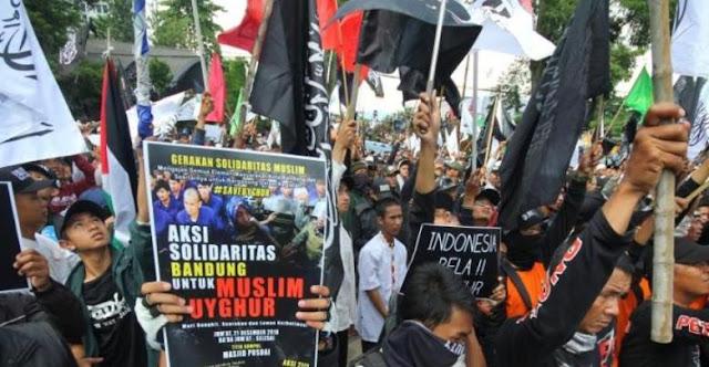 Umat Islam di Bandung Gelar Aksi Bela Muslim Uighur