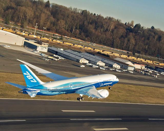 Boeing 787-8 Dreamliner at Everett