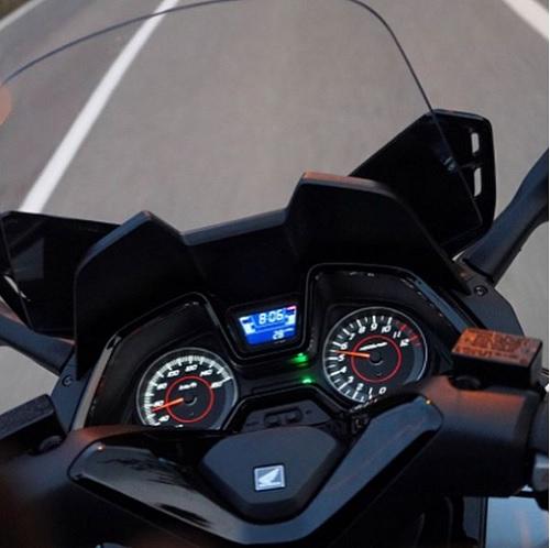 Panel Dasbord Honda Forza 250